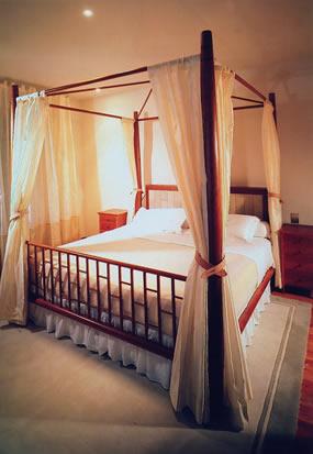 International interior designers for International bedroom designs